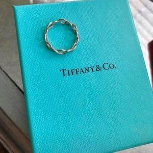 Tiffany & Co. Infinity Ring Size 6.5/7